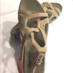 MERRELL Agave Tan Sandals Size 10 *Never Worn*